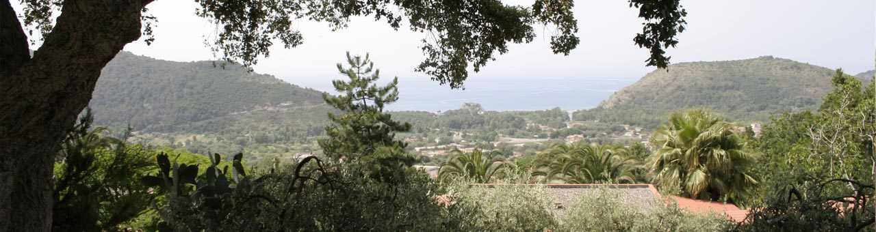 Holiday apartments with sea view palinuro